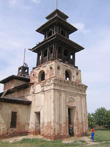 Хошутский хурул - буддийский монастырь в с.Речное (Калмыкия)